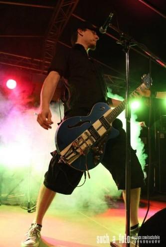 """Shearer: """"Kick Ass Rock"""" aus Berlin. Daß es sowas noch gibt."""